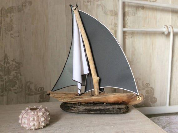 sculpture bois flott voilier art du bois flott bateau. Black Bedroom Furniture Sets. Home Design Ideas