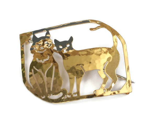 Gold Plated Two Cats Brooch Wild Bryde Hammered Finish Vintage Pin