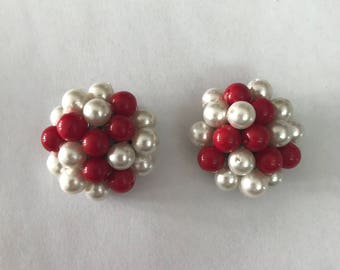 1950s 1960s Red and White Cluster Clip On Earrings