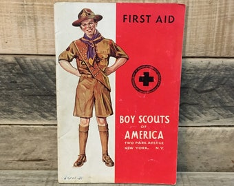 1940's First Aid Merit Badge Book, Boy Scouts of America (BSA)