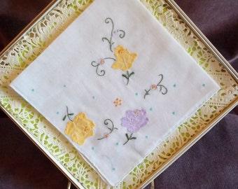 Handkerchief / Hankie Floral Embroidered Pattern