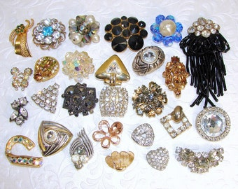 27 Pc Vintage Single Earring Lot Rhinestone Earrings BACKS REMOVED Gold Silver Blue Black Amber AB Fringe Craft Hair Jewelry Mosaic Crafts