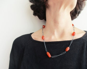 Carnelian Necklace, Long Beaded Necklace, Contemporary Necklace,  Statement Necklace, Red Stone Necklace, Modern Chain Necklace, KIMYAJOYAS