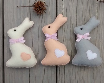 Felt Easter Bunny/ Felt Ornament/ Easter Ornament/ Christmas Ornament/ Spring Decor/ Handmade/ Price for One