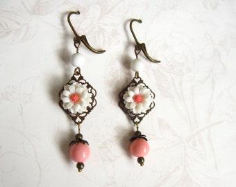 pink and white flower earrings white flower pink flower dangle earrings pink flower earrings pink earrings white earrings dangle earrings