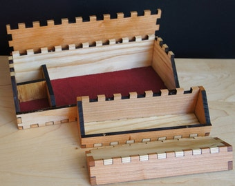 Hardwood Dice Box with Player Box