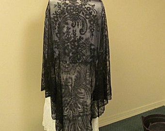 Shawl, Black Chantilly Lace, Very Large Triangle, Beautiful with Vintage Provenance, Free US Shipping