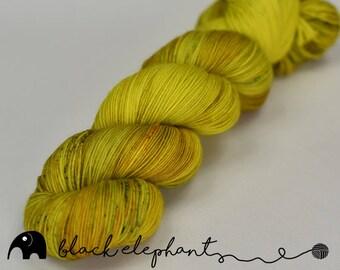 Acid Hologram Hand dyed sock yarn superwash merino nylon contemporary 4 ply yarn speckled yarn green yellow red 100g