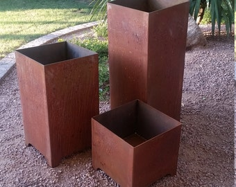 Modern Metal Planters (Set of three)
