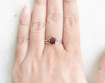 Garnet ring, 925 Sterling Silver Ring, Gemstone Ring, January Birthstone, Facetted Garnet, Silver Garnet Ring Red Garnet Ring, Handmade ring