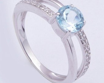 Handmade 925 sterling silver ring, Swiss blue topaz gemstone ring