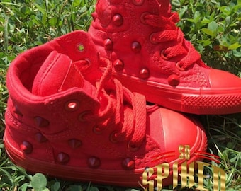 Toddler 4 all red fresh studded converse