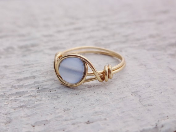 Goldring Golddraht Ring blauer Stein-Ring umwickelt Ring