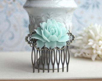 Mint Green Rose Flower Antiqued Brass Filigree Hair Comb. Green Wedding Floral Hair Comb. Bridesmaid Hair Comb. Wedding Bridal Hair Comb.