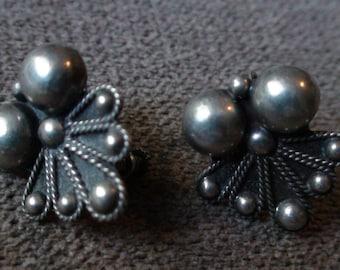 Antique Art Deco Taxco Sterling Silver Screw Back Earrings
