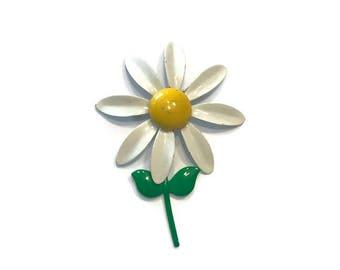 1960s Enamel Flower Brooch, White Daisy Brooch, Mod Flower Pin, Flower Power Brooch, Costume Jewelry
