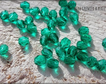 Faceted Bohemian emerald green 4 mm X 50 * Emerald *.