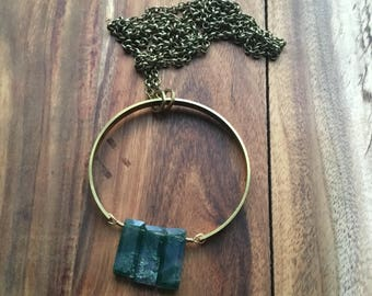 Moss agate and brass ring necklace