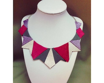 Necklace mosaic triangle