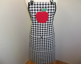 Full Teacher Apron In Black And White With Appliqued Apple