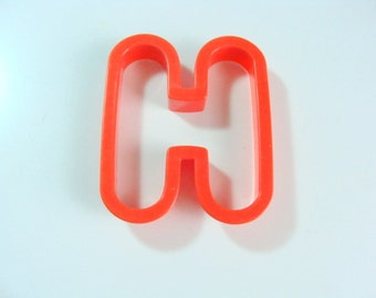 Large Plastic Letter H Cookie Cutter