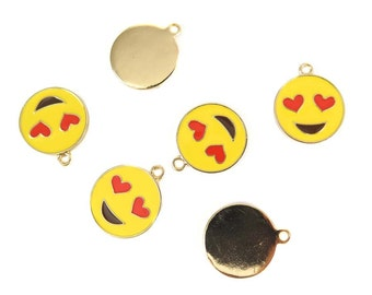 Gold Plated Smiley Face with Heart Eyes Charms (2x) (K305-A)