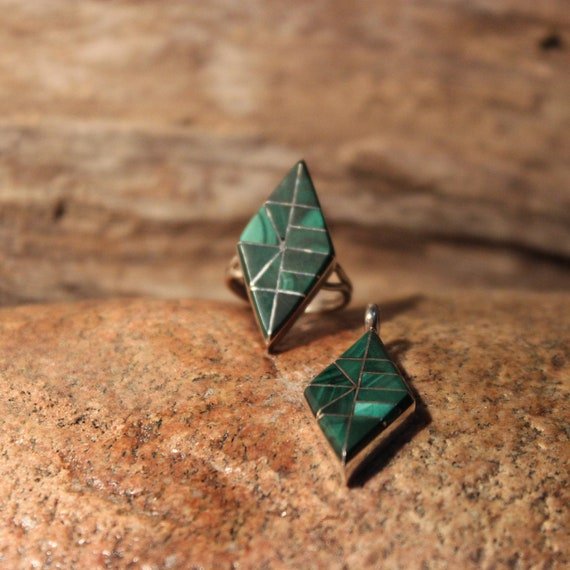 Large Navajo Zuni Sterling Silver Ring Size 5.75 Vintage Sterling Silver Ring & Pendant Set Silver Unisex Malachite  Ring Mens silver Rings