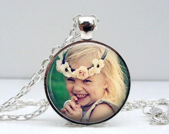 Personlized Photo Pendant Necklace Glass Photo Pendant Handcrafted Customized Jewelry
