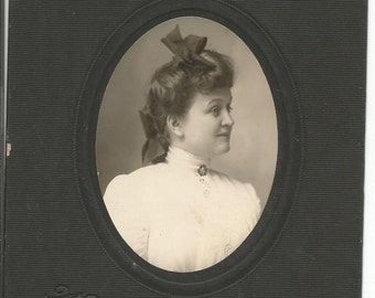 Antique Cabinet Photograph of Young Woman