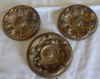 """Antique French """"cache clou"""", 3 gilded round plaques in repousse metal, French chateau chic"""