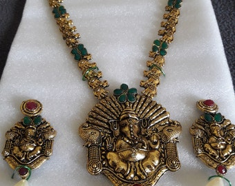 Indian bollywood necklace set with earrings