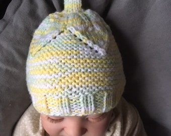 Leaf knit infant hat