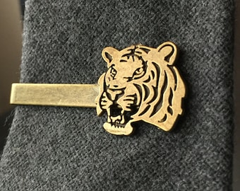 Gifts-For-Him Ideas for Geeks - Tiger Tie Clip - Mens Stocking Stuffer - Tie Clips Men - Mens Accessories - Big Cat Lover Gift