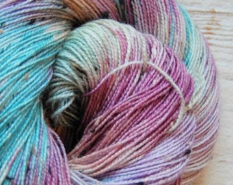 Bits and Bobs Tweed yarn - Dinner mint   (superwash sock weight) 438 yards 100 grams