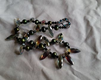 Real Green Pearls & Crystals Necklace