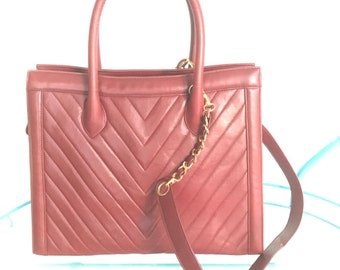 Vintage Authentic Chanel Chevron Tote In Ox Blood