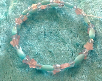Memory wire Bracelet in blue pink and purpe