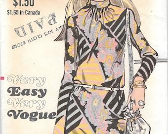 Vintage Vogue 7739 Mod Easy Dress Sewing Pattern 1970's Size 12 Bust 34