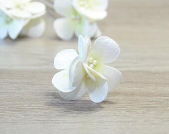 White Hydrangea hair pins Bridal Flower Hair Pins Wedding flower Bridal Hair pins Floral Hair Barrette Bridal Hair Clip Flower Clips Boho