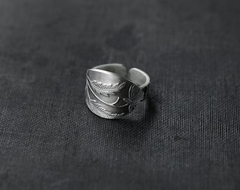 Victorian Floral Oval Silver ring