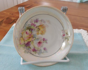 Hand-painted berry bowl with lustre band - Bavaria