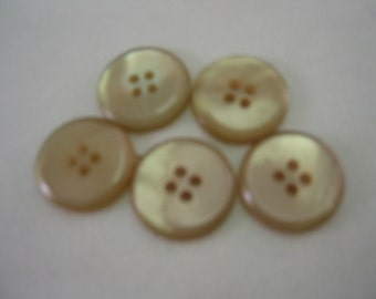 """Tan buttons, Beige Buttons, Size  13/16"""" (20mm),  Lot of 6"""