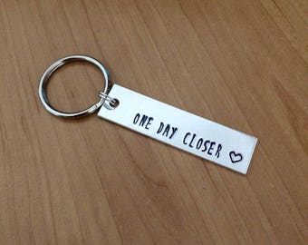One Day Closer keychain - Valentine's gift - boyfriend gift - girlfriend gift - long distance relationship - long distance friends - bff