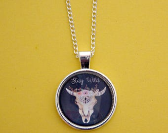 Boho Jewelry, Stay Wild Necklace, Skull Necklace, Animal Skull Necklace, Festival Jewellery, Festival necklace, Animal Anatomy. Bull Skull