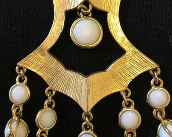 Vintage Gold/White Bead/Milk Glass Statement Necklace