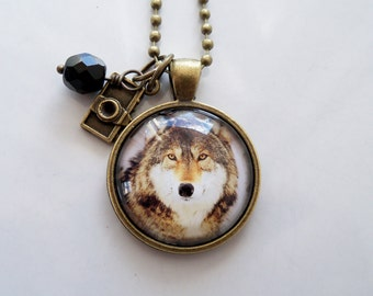 Wolf Photo Necklace - Wolf Animal Pendant - Wolf In The Wild - Nature Lover - Animal Jewelry - Wolf In The Winter Necklace - Dog Necklace