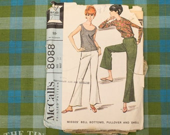 Vintage Sewing Pattern / Women's Bell Bottoms Pattern / McCall's 8088 / Size 14 / Bust 34  / Shell Pattern / Pullover / QUICK LIST