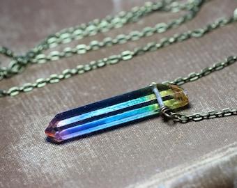 Bijoux rustique de Quartz multicolore collier Point Aura Quartz cristal Boho Luxe