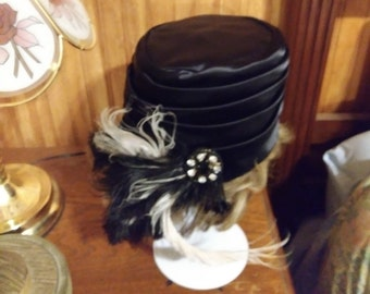 Vintage 1950-60s Black Satin Faux Jeweled/Feathered Flapper Cloche Bucket Hat