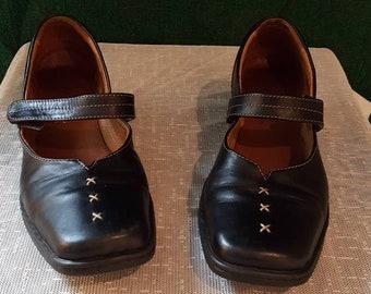 Vintage black leather Mary Jans shoes/ European Josef Seibel women shoes size 38 Eur/7.5 US/ Alice in wonderland /Lolita  accessories/gothic
